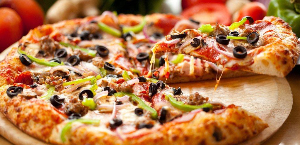 طريقة عمل البيتزا فتكات