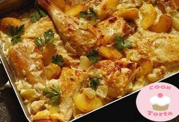 اعرفي عمل صينية دجاج بالكريمه والبطاطس